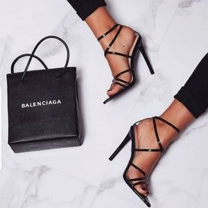 Shoes - 🖤Black Pointy Heel Sandals🖤